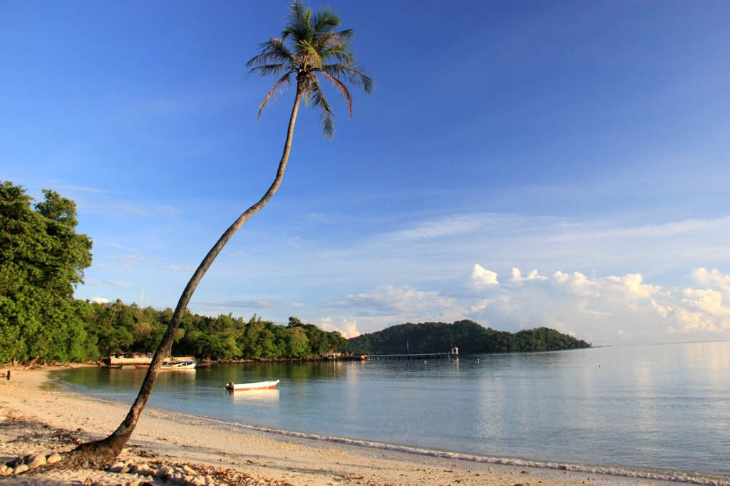 The beach at Gapang on Pulau Weh